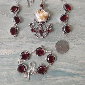 Jewelry - Beautiful biwa pearl red garnet stamped 925 set
